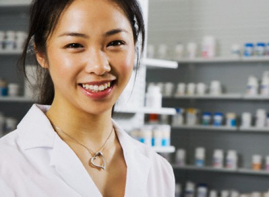 asian pharmacist unistar