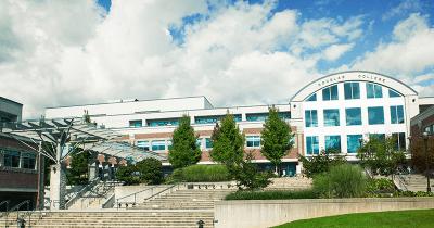 Cao đẳng Douglas nằm trong danh sách 55 trường CES của Canada